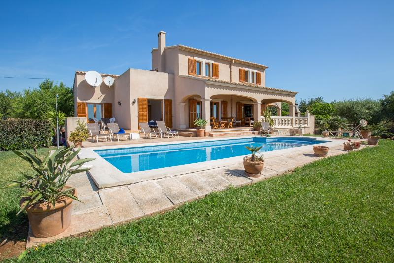 CAN MARINES - Villa for 8 people in Calonge - Santanyi, holiday rental in Calonge