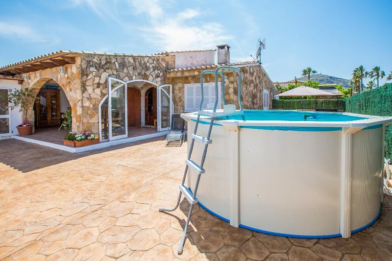 CAN ROVET - Chalet for 6 people in Puerto de Alcúdia, alquiler de vacaciones en Port d'Alcudia