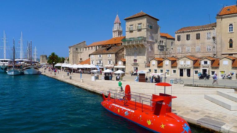 Trogir promenade+ submarine taxi boat