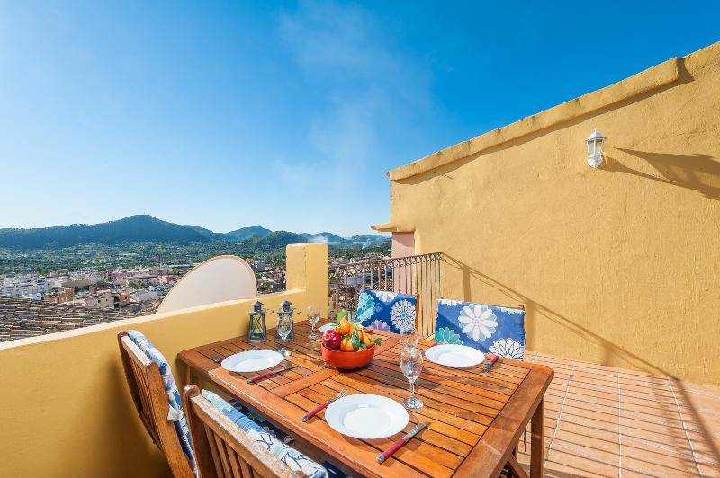 ELIAS NEIL HOUSE - Chalet for 4 people in ANDRATX, vacation rental in S'Arraco
