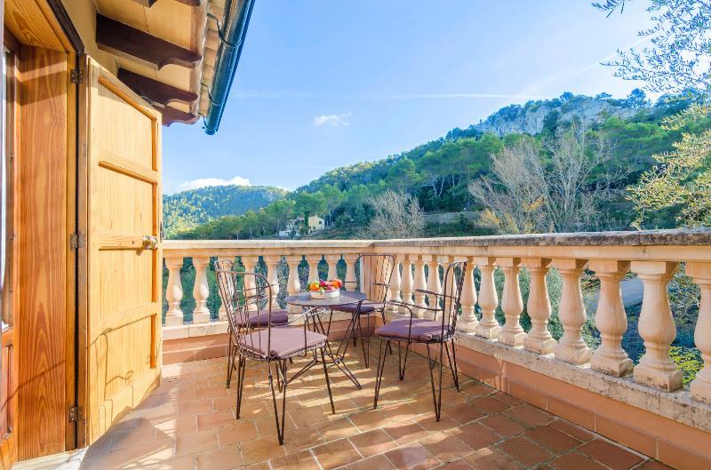 ES VINT I NOU - Chalet for 6 people in LLUC, holiday rental in Sa Calobra