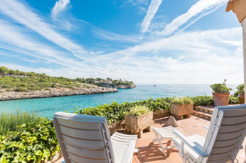 ES MIRADOR - Chalet for 4 people in Cala Mandia, vacation rental in Cala Mandia