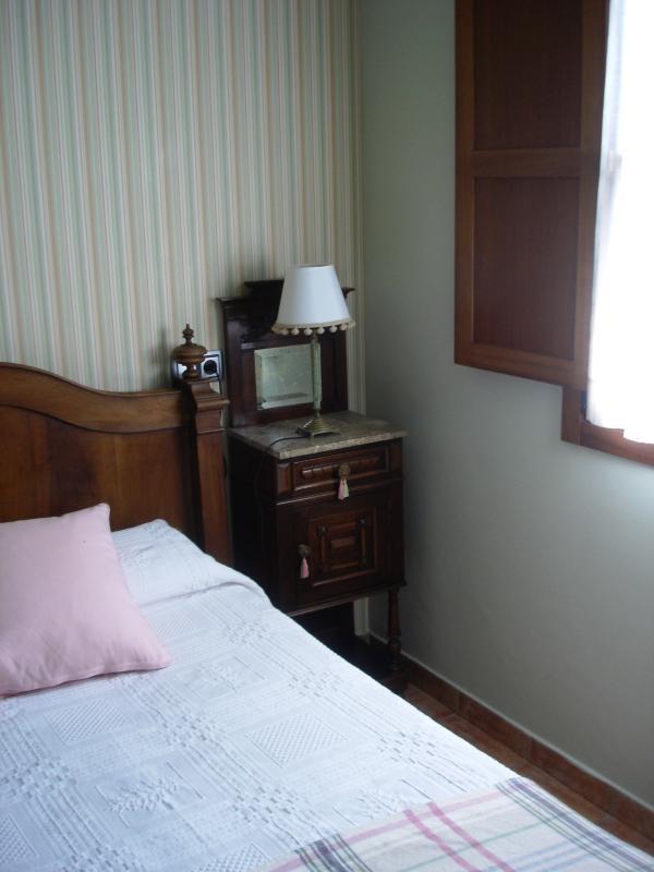 Habitación 2 camas individuales (1.05 cada 1). Apartamento Playa de Barro