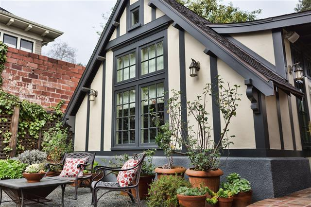 Charming Claremont Cottage in Heart of Berkeley!, location de vacances à Hercules