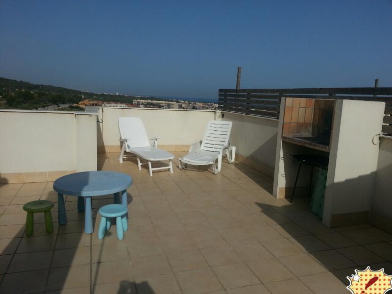 Atico Con Terraza Vistas Al Mar Barbacoa Y Piscina En
