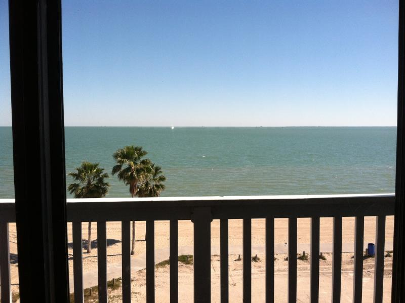**Villa 1318 directly on BEACH with EPIC VIEWS**, vacation rental in Corpus Christi