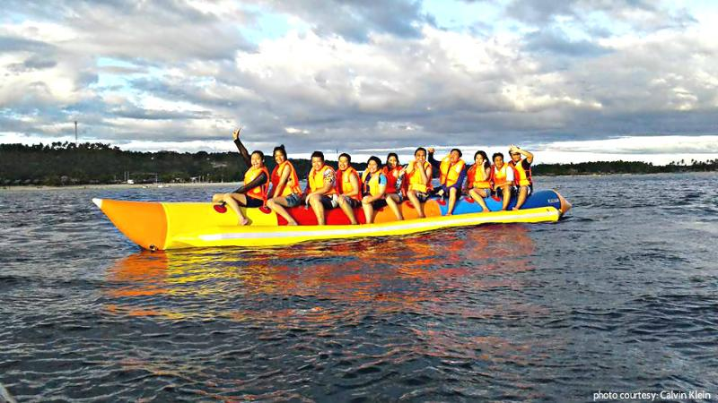 Banana Rafting jedermann! 1 von mehreren Aktivitäten zur Verfügung.
