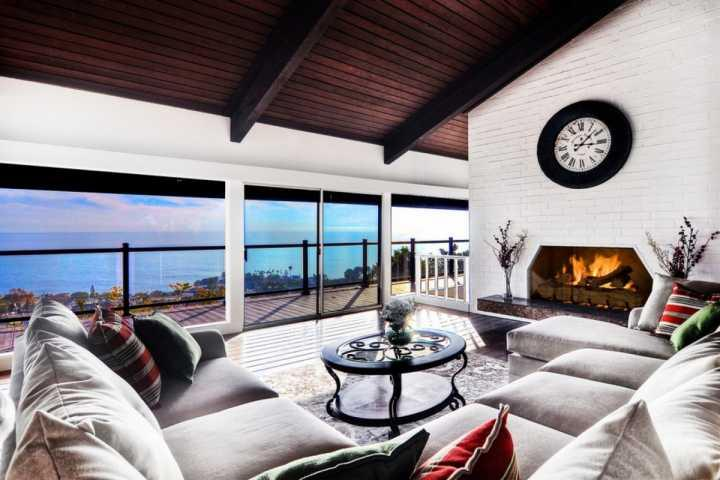 Laguna Beach Mid Century Ocean View Home with Pool, Amazing Catalina and Sunset, vacation rental in Laguna Beach
