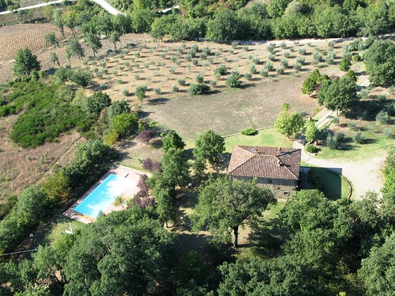 Castagnoli Holiday Home Sleeps 9 with Pool and WiFi - 5226989, vacation rental in Talla