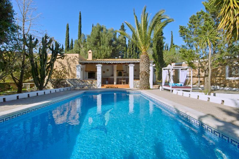 Villa Es Fornas, location de vacances à Ibiza