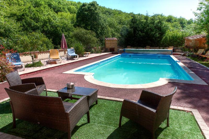 piscina aquecida,, tratamento de sal segura