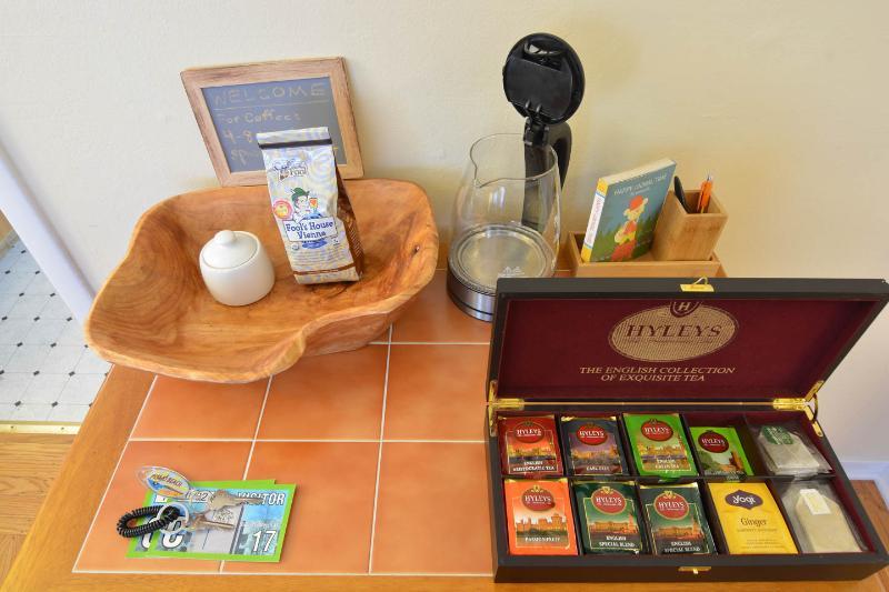 Complimentary coffee, tea, and postcards.