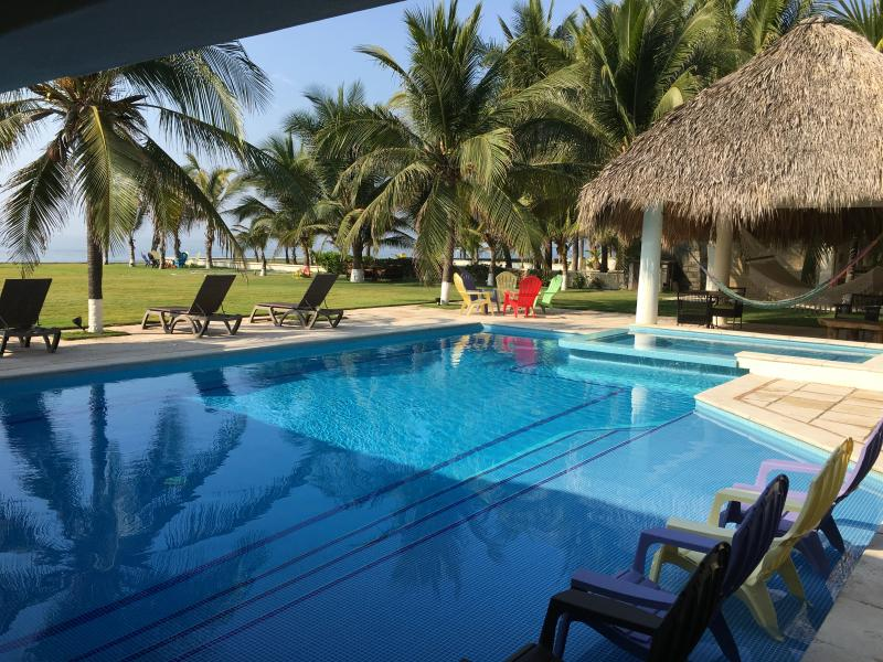 CASA SOL PACIFICO, holiday rental in Mixco