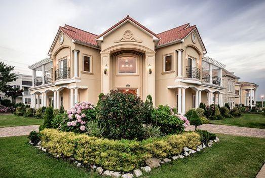 Luxury Mediterranean Mansion By The Sea! 7 BR, 5.5 Baths, Sleeps up to 22 guests, holiday rental in Brigantine