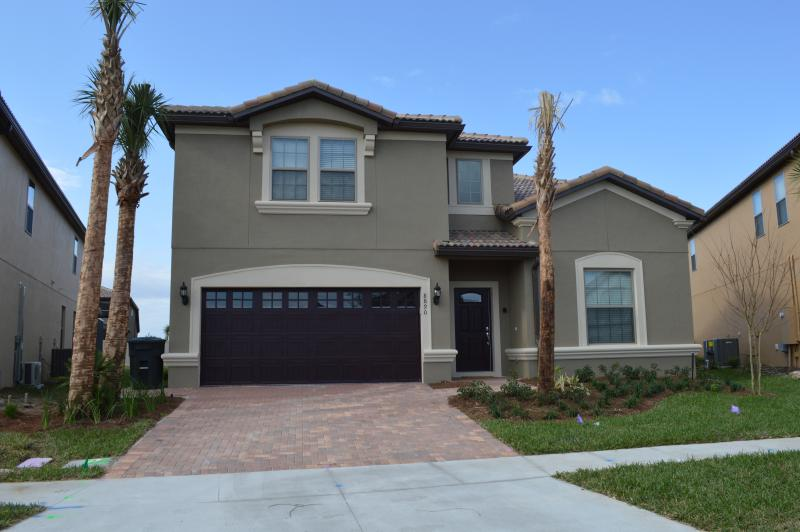 Welcome to 8890 Menton Loop, Windsor at Westside, Kissimmee FL