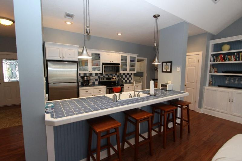 Kitchen Breakfast Bar Offers More Seating