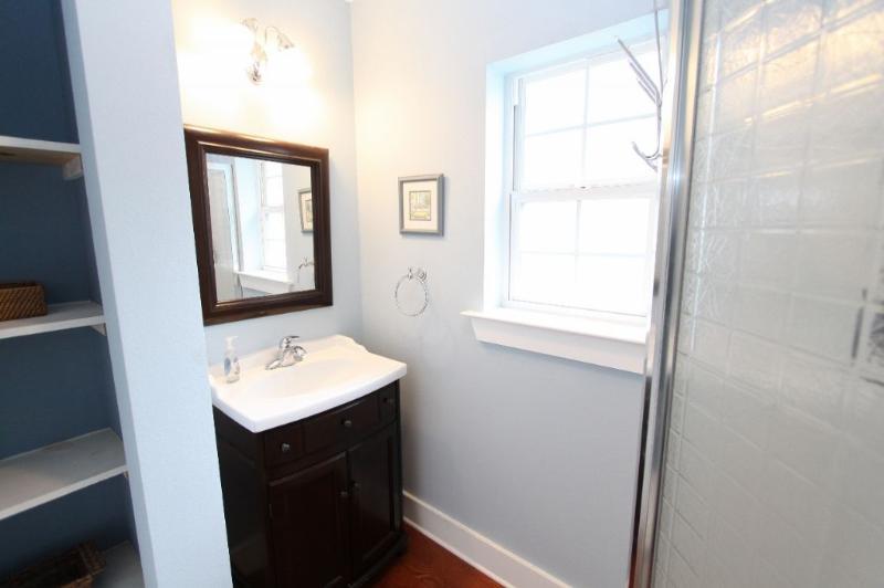 Garage Apartment Bathroom