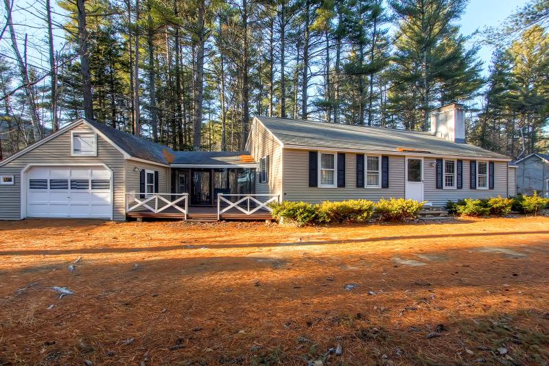 A wonderful mountain getaway awaits you at this cozy North Conway vacation rental home!