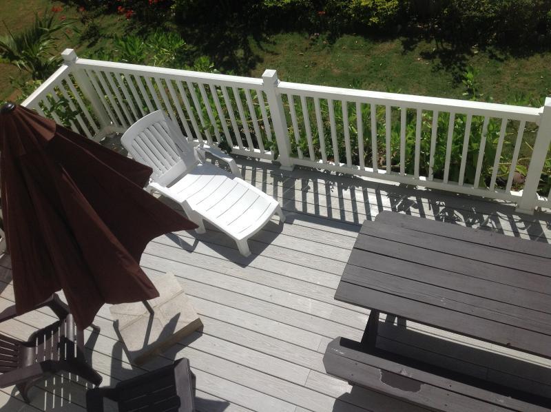 Masterbed balcony overlooking deck