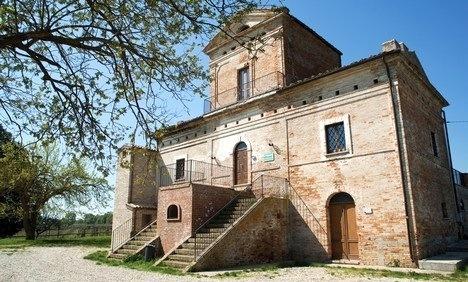 Pollutri può vantare la presenza di una riserva naturale... Bosco di Don Venanzio.