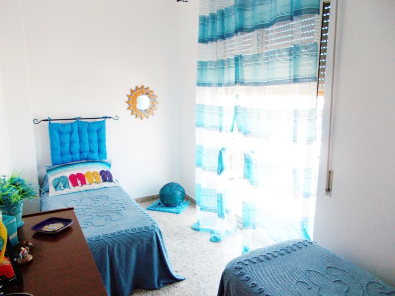 Blue Room - panoramic balcony overlooking the sea, country, mountain - free WI-FI