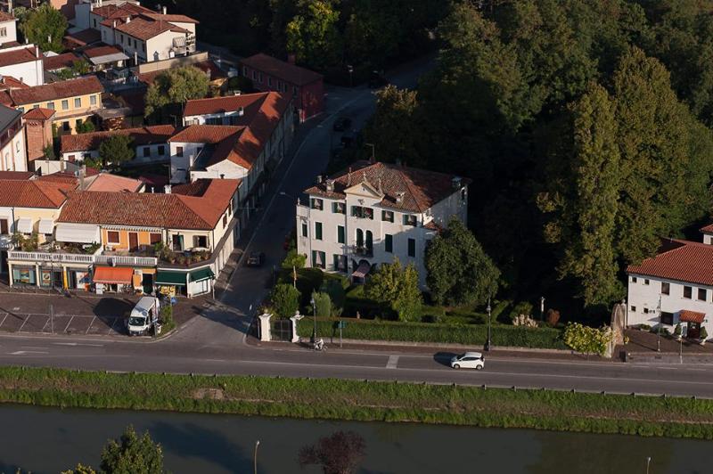 Villa Allegri von Ghega B&B di Charme, alquiler vacacional en Dogaletto