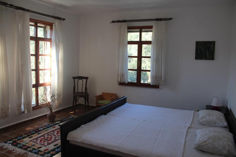 holiday flat bedroom 2