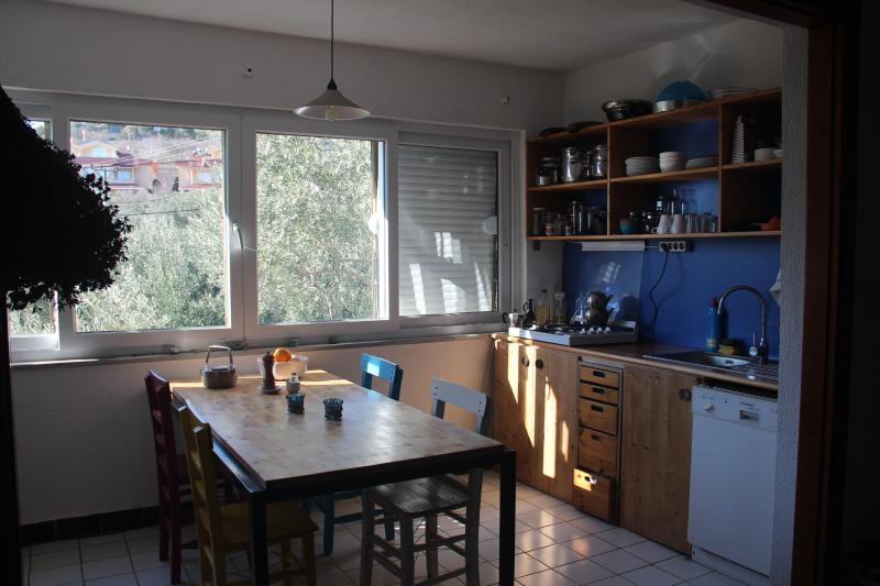 holiday flat kitchen