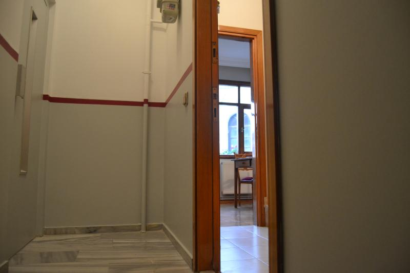 Entrance to the apartment, on the left is the elevator.