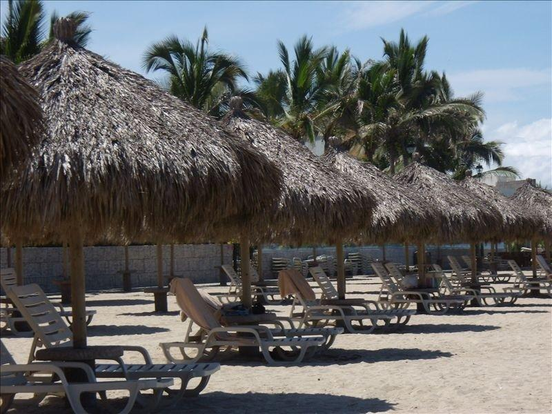 Water Front Playa Royale T4-2d Floor, holiday rental in Tlajomulco de Zuniga