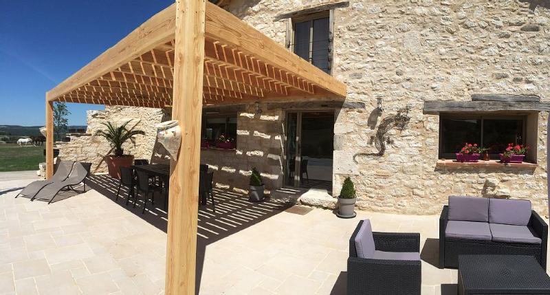 Les Pierres du Sud, holiday rental in Castelnau-de-Montmiral