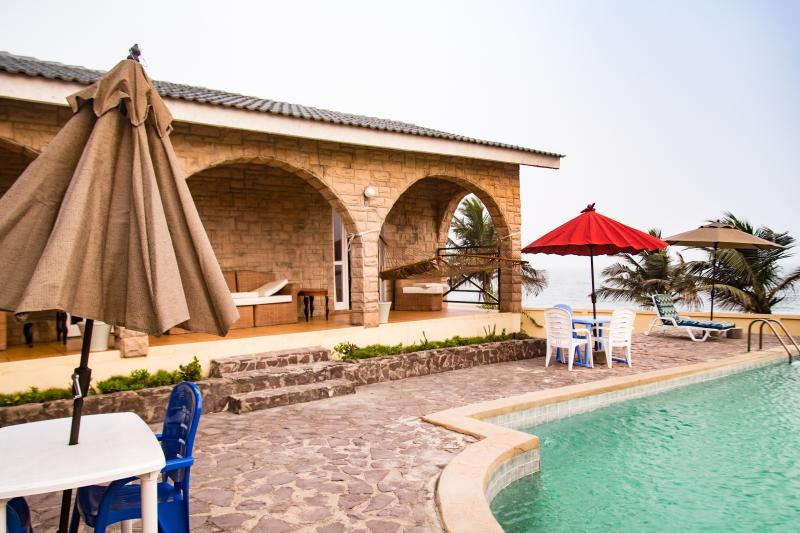 Elmina beach house w swimming pool updated 2019 - Summer house with swimming pool review ...