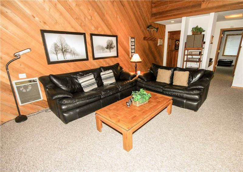 Furniture, Indoors, Room, Chair, Banister