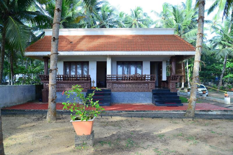 Oceana Homestay, a comfortable and heavenly home is located 5 Km north of world- renowned Kovalam