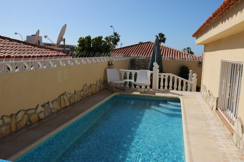 Wonderful private pool only for you and your family!