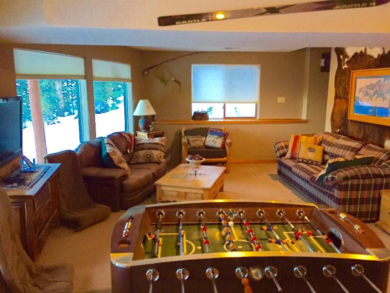 Lower level Den/gameroom