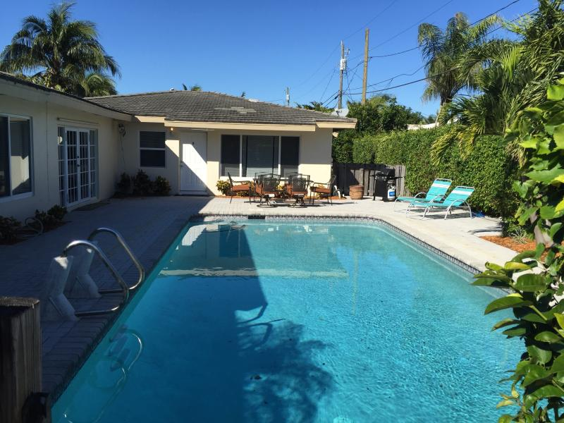 Walking distance to the beaches in Lauderdale-by-the-Sea