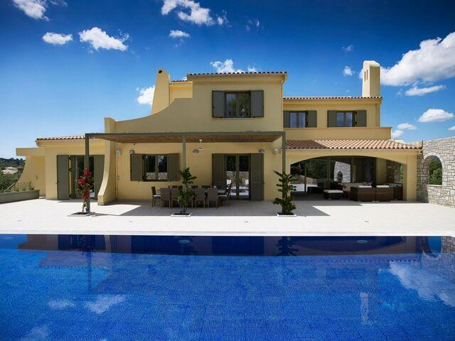 Villa Alpha by Helion Villas and Apartments, vacation rental in Gouvia