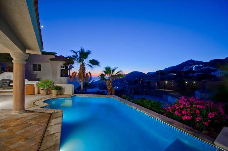 Convenient & Safe Location with Ocean Views at Villa Bougainvillea!, holiday rental in Cabo San Lucas