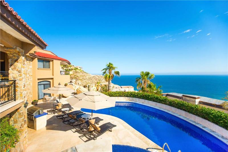 Private Tropical Retreat with Ocean Views at Villa Isla!, holiday rental in Cabo San Lucas