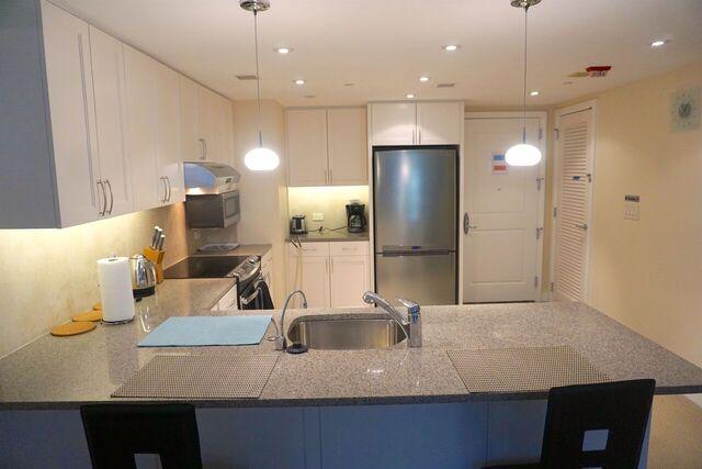 Full modernized kitchen