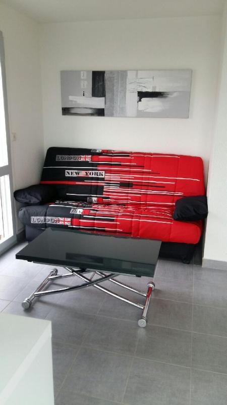 Canapé convertible avec un véritable matelas