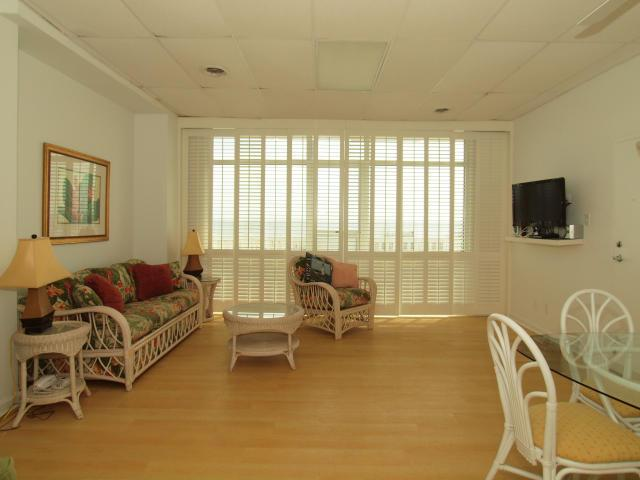 Living Room - 307 South Boardwalk