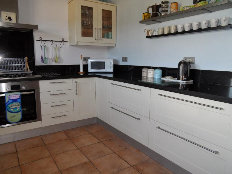Modern kitchen with lots of worktop space and storage