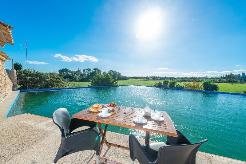 SON MOREI CAN SOCIAS - Villa for 7 people in MURO, holiday rental in Muro