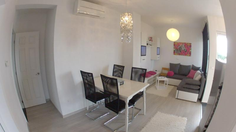 Apartment Nina, location de vacances à Makarska