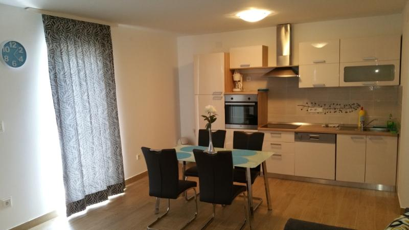 Apartmani ' Ivančić ' 9 ', holiday rental in Novi Vinodolski