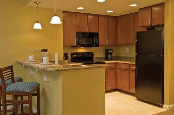 The full kitchen gives you the comfort of home and expands your dining options