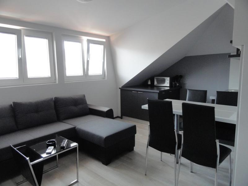 Modern loft for four near the city centre of Budva, holiday rental in Budva