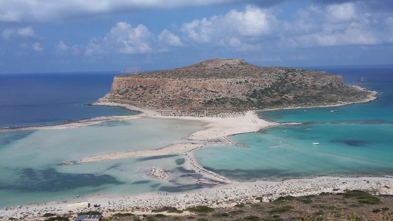 NICE APPARTMENT NEAR THE BEACH., casa vacanza a Kissamos